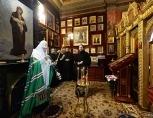На 40-й день после крушения самолета на Синае Святейший Патриарх Кирилл совершил заупокойное богослужение по жертвам авиакатастрофы