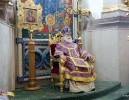В субботу третьей седмицы Великого поста митрополит Павел совершил Литургию и панихиду в Свято-Духовом кафедральном соборе города Минска