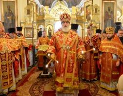 В понедельник Светлой седмицы Патриарший Экзарх возглавил Литургию в Александро-Невском храме города Минска