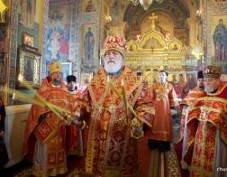 В Неделю святых жен-мироносиц Патриарший Экзарх совершил Литургию в Марии-Магдалининском  храме города Минска