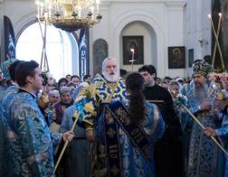 В канун праздника Жировичской иконы Божией Матери Патриарший Экзарх возглавил всенощное бдение в Успенском Жировичском мужском монастыре