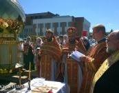 Архиепископ Артемий освятил купол и крест строящегося храма поселка Пограничный