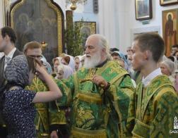 В канун праздника Святой Троицы митрополит Павел совершил всенощное бдение в Свято-Духовом кафедральном соборе города Минска