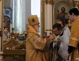 В праздник Собора Белорусских святых Патриарший Экзарх совершил Литургию в Свято-Духовом кафедральном соборе города Минска