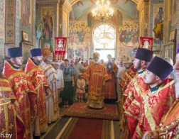 В день памяти равноапостольной Марии Магдалины митрополит Павел возглавил Литургию в Марии-Магдалининском храме города Минска