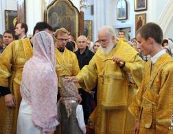 В канун Недели 8-й по Пятидесятнице митрополит Павел совершил всенощное бдение в Свято-Духовом кафедральном соборе города Минска