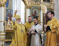 В Неделю 8-ю по Пятидесятнице Патриарший Экзарх совершил Литургию в Свято-Духовом кафедральном соборе города Минска