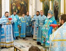 В Неделю 11-ю по Пятидесятнице Патриарший Экзарх совершил Литургию в Свято-Духовом кафедральном соборе города Минска