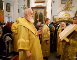 В канун Недели 17-й по Пятидесятнице митрополит Павел совершил всенощное бдение в Свято-Духовом кафедральном соборе города Минска