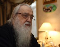 В Неделю 18-ю по Пятидесятнице митрополит Филарет  молился и причастился Святых Христовых Таин за Литургией в Гродненском Рождество-Богородичном монастыре