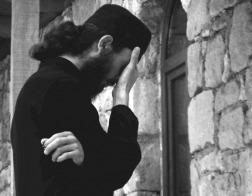 Архимандрит Андрей (Конанос): опасность подстерегает всех