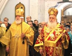 В канун Недели 20-й по Пятидесятнице митрополит Павел совершил всенощное бдение в Свято-Духовом кафедральном соборе города Минска