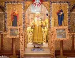 Митрополит Павел совершил Литургию в Никольском храме поселка Ратомка