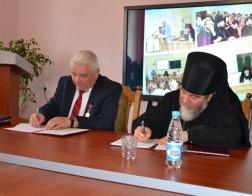 Подписана программа сотрудничества между Мозырским государственным педагогическим университетом и Туровской епархией