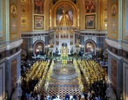 В день 70-летия Святейшего Патриарха Кирилла Патриарший Экзарх всея Беларуси принял участие в торжественном богослужении в Храме Христа Спасителя