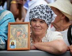 Через «Казанскую» Богородица Сама меня касается