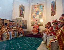 В день памяти великомученицы Екатерины митрополит Павел возглавил Литургию в соборном Петро-Павловском храме города Минска