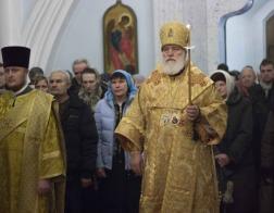 В канун Недели 25-й по Пятидесятнице Патриарший Экзарх совершил всенощное бдение в Свято-Духовом кафедральном соборе города Минска