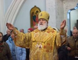 В Неделю 25-ю по Пятидесятнице Патриарший Экзарх совершил Литургию в Свято-Духовом кафедральном соборе города Минска
