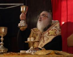 В Неделю святых праотец митрополит Филарет молился и причастился Святых Христовых Таин за Литургией в Гродненском Рождество-Богородичном монастыре