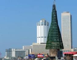 Шри-Ланка побила рекорд по высоте искусственной рождественской ели