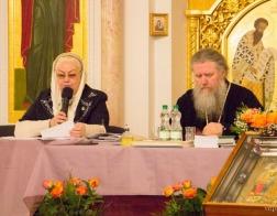 Архиепископ Витебский и Оршанский Димитрий провел встречу с женами священнослужителей
