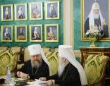 Святейший Патриарх Кирилл возглавил заседание Священного Синода