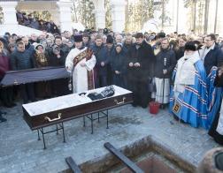 Патриарший Экзарх возглавил Литургию в Ксениевском монастыре деревни Барань и совершил чин погребения игумении Василиссы (Медведь)