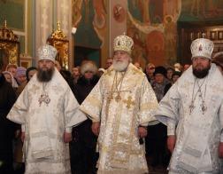 В канун дня памяти святителя Макария Московского митрополит Павел возглавил великую вечерню в Гродненском Рождество-Богородичном монастыре