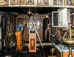 Украинская Православная Церковь заявляет о 13 нераскрытых нападениях на ее храмы за год