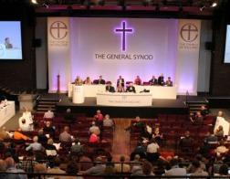 В Британии священники-гомосексуалисты смогут не давать обет целомудрия