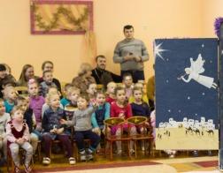 Слабослышащие дети приняли поздравления с Рождеством Христовым от молодежи Свято-Духова кафедрального собора