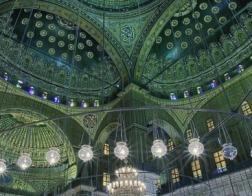 В Египте коптский православный епископ внес средства на строительство мечети