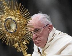 Папа призвал мировую прессу прекратить постоянное смакование плохих новостей