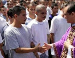 Высшее духовенство Сальвадора просит ООН помочь в диалоге правительства и преступных банд