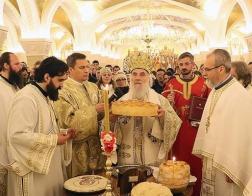 По случаю праздника св. Саввы Сербского Патриарх Ириней совершил Литургию в соборе св. Саввы в Белграде