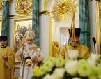 В Неделю пред Рождеством Христовым Предстоятель Русской Церкви освятил храм Успения Пресвятой Богородицы на Могильцах в Москве и совершил Литургию в новоосвященном храме