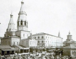 В Казани передали Церкви здание Николо-Гостинодворского храма