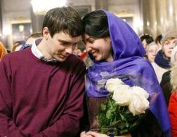 Религия имеет существенное значение для брачных отношений, подтверждает исследование Pew Research Center