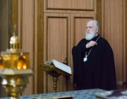 В понедельник первой седмицы Великого поста митрополит Павел молился за утренним уставным богослужением в Свято-Духовом кафедральном соборе города Минска