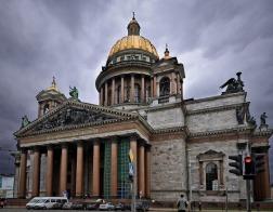 Петербургский избирком принял заявление о референдуме по поводу Исаакиевского собора