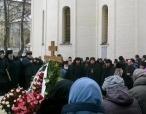 На девятый день по преставлении архимандрита Кирилла (Павлова) в Троице-Сергиевой лавре совершена соборная панихида