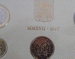 Со 2 марта 2017 г. с монет Ватикана исчезли изображения Римского Папы