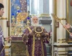 В субботу первой седмицы Великого поста Патриарший Экзарх совершил Литургию в Свято-Духовом кафедральном соборе города Минска