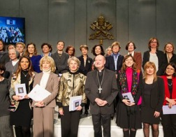 Ватикан обзавелся собственным «Женсоветом»