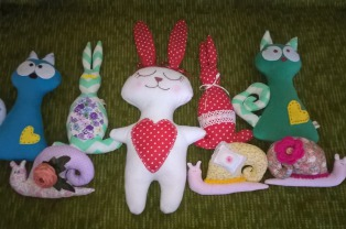 В мастерской при Николо-Софийском храме Бобруйска сшили игрушки для онкобольных детей