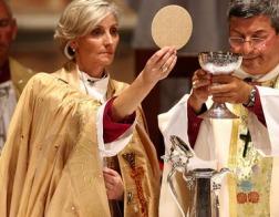 Опрос показал, что большинство евангелистов в США не приемлют священство женщин