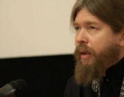 Епископ Тихон (Шевкунов) опроверг идею популяризировать классику с помощью современных музыкантов