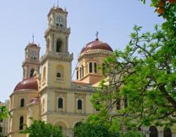 Четыре клирика Критской Православной Церкви прекратили поминовение своих правящих архиереев