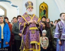 В канун Недели преподобной Марии Египетской митрополит Павел совершил всенощное бдение в Свято-Духовом кафедральном соборе города Минска